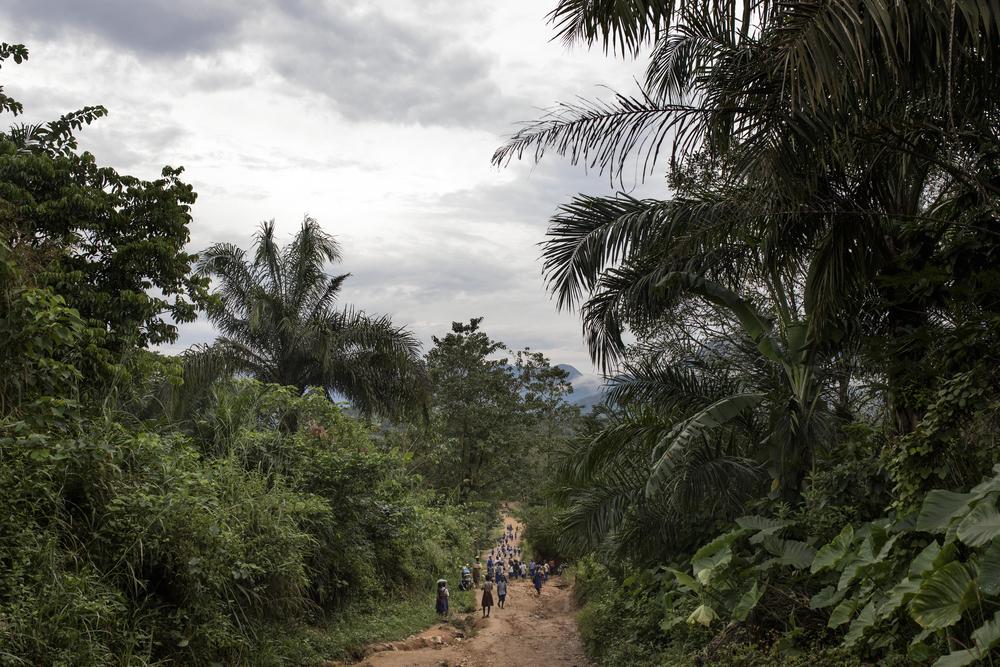 약 6천 명이 거주하고 있는 아마나 마을은 카메룬 국경과 매우 가깝다. 카메룬 사우스웨스트, 노스웨스트 지역에서 분쟁이 시작된 2017년 11월 이후로 4천여 명의 카메룬 난민이 국경을 넘어 이 마을로 들어왔다. ⓒAlbert Masias