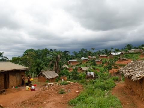 콩고민주공화국 비아키토 지역 인근 마을. ©Natacha Buhler/국경없는의사회