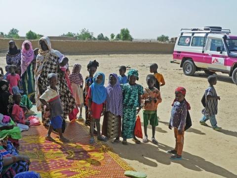 말리: 국경없는의사회 보고서, 인도적 지원의 정치적•군사적 이용 경고