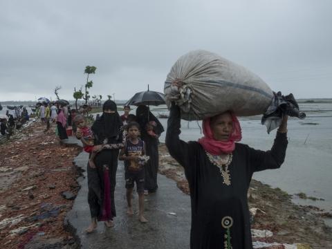 방글라데시로 대피한 로힝야 난민들 ⓒAntonio Faccilongo/MSF
