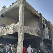 시리아 이들리브에서 국경없는의사회가 지원하는 병원이 폭격을 맞아 파괴되었다.