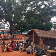 중앙아프리카공화국: 폭력사태로 인해 지역민 1만 명 바탕가포 병원에서 취침