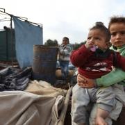 시리아: 겨울 추위에 맞서 생존하기 위해 고군분투중인 수만 명