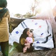 그리스: 구금 • 폭력 • 혼돈 … 사람들을 충격에 빠뜨리는 유럽 난민캠프