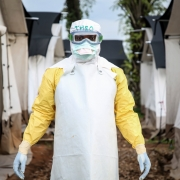 콩고민주공화국: 에볼라 대응 – 기존 방식을 보완하는 시험 치료제