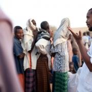 """케냐: """"부상자가 그렇게 많을 줄 몰랐습니다""""…모얄레 부상자 지원"""